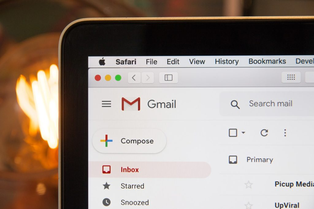 How to Email a Hiring Manager the WRONG way